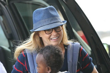 Yoby Britton Connie Britton And Son Yoby Departing On A Flight At LAX