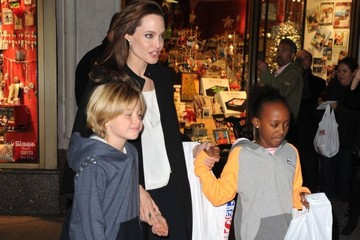 Zahara Jolie-Pitt Angelina Jolie Takes Her Girls Shopping