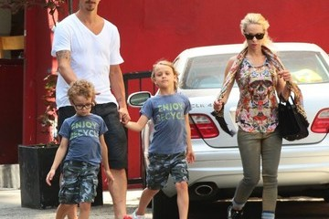 Zlatan Ibrahimovic Zlatan Ibrahimovic Out with His Family