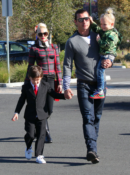 Zuma Rossdale - Gwen Stefani And Family At The LA Zoo On Christmas Eve