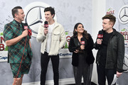 (L-R) Jesse Lozano, Shawn Mendes, Sisanie, and JoJo Wright attend 102.7 KIIS FM's Jingle Ball 2018 Presented by Capital One at The Forum on November 30, 2018 in Inglewood, California.