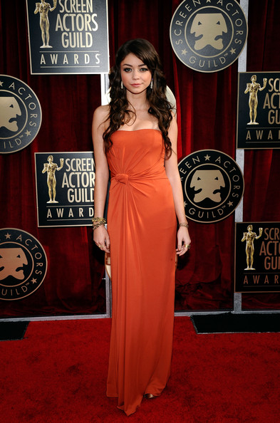 Actress Sarah Hyland arrives at the 17th Annual Screen Actors Guild Awards held at The Shrine Auditorium on January 30, 2011 in Los Angeles, California.
