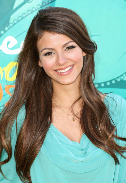 victoria justice 2009. Victoria Justice Actress Victoria Justice arrives at the 2009 Teen Choice