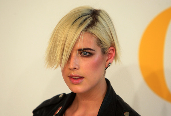 Agyness+Deyn in 2009 CFDA Fashion Awards - Arrivals