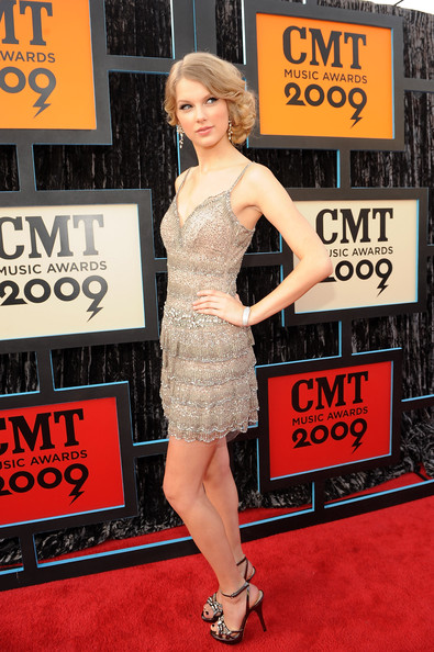 Singer/musician Taylor Swift attends the 2009 CMT Music Awards at the Sommet Center on June 16, 2009 in Nashville, Tennessee.