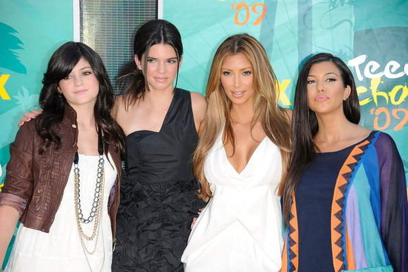 Kendall Jenner TV personalities Kylie Jenner, Kendall Jenner, Kim Kardashian and Kourtney Kardashian arrive at the 2009 Teen Choice Awards held at Gibson Amphitheatre on August 9, 2009 in Universal City, California.
