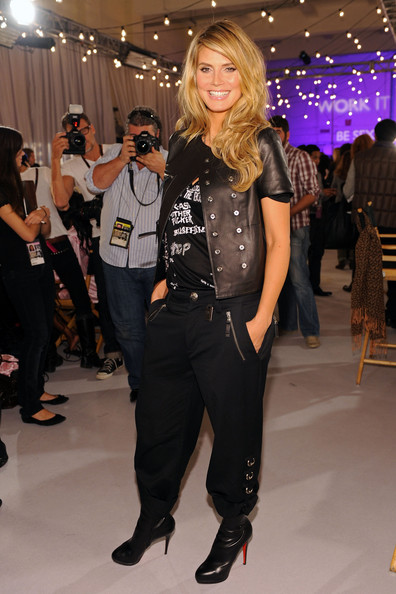 Heidi Klum Model Heidi Klum poses backstage at the Victoria's Secret fashion show at The Armory on November 19, 2009 in New York City.