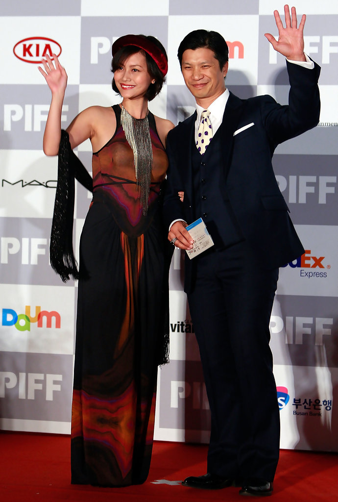 dustin nguyen and his wife