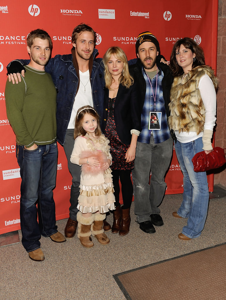 Mike Vogel Eileen Rosen Photos Photos - Zimbio
