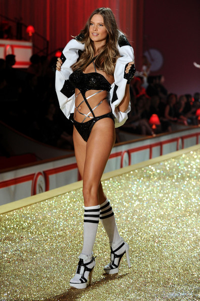 Model Behati Prinsloo walks the runway during the 2010 Victoria's Secret Fashion Show at the Lexington Avenue Armory on November 10, 2010 in New York City.
