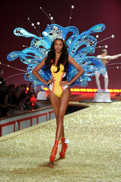 Model Lais Ribeiro walks the runway during the 2010 Victoria's Secret Fashion Show at the Lexington Avenue Armory on November 10, 2010 in New York City.