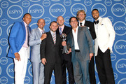 (L-R) NBA players Shawn Marion, Jason Kidd, Jose Juan Barea, Brian Cardinal, Owner Mark Cuban, Dirk Nowitzki and Tyson Chandler with award for Best Team poses in the press room at The 2011 ESPY Awards at Nokia Theatre L.A. Live on July 13, 2011 in Los Angeles, California.