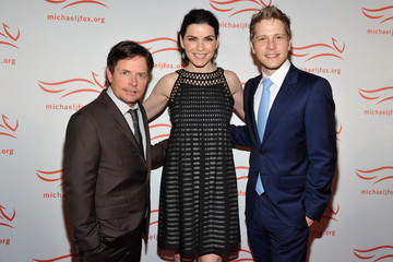 Julianna Margulies Matt Czuchry 2011 A Funny Thing Happened On The Way To Cure Parkinson's - Arrivals