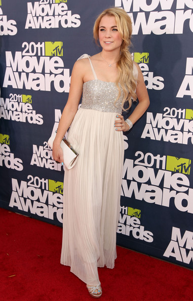 Actress Lenay Dunn arrives at the 2011 MTV Movie Awards at Universal Studios' Gibson Amphitheatre on June 5, 2011 in Universal City, California.