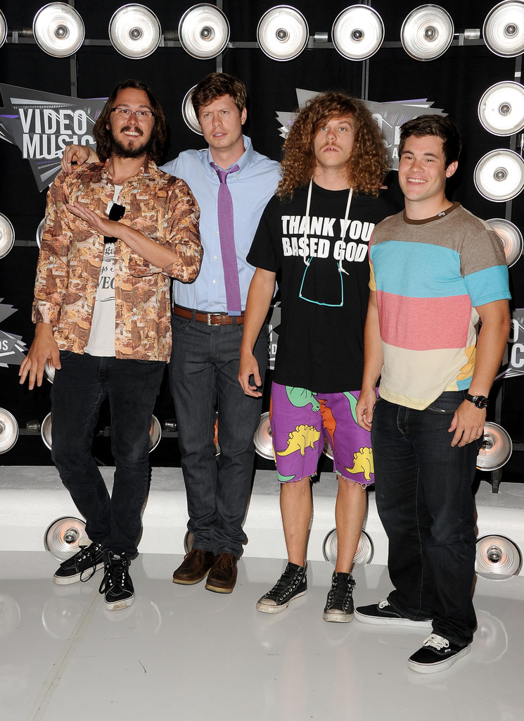 blake anderson photos photos 2011 mtv video music awards arrivals zimbio - Executive Producer Music