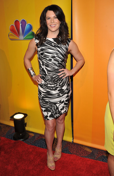 Actress Lauren Graham attends the 2011 NBC Upfront at The Hilton Hotel on May 16, 2011 in New York City.