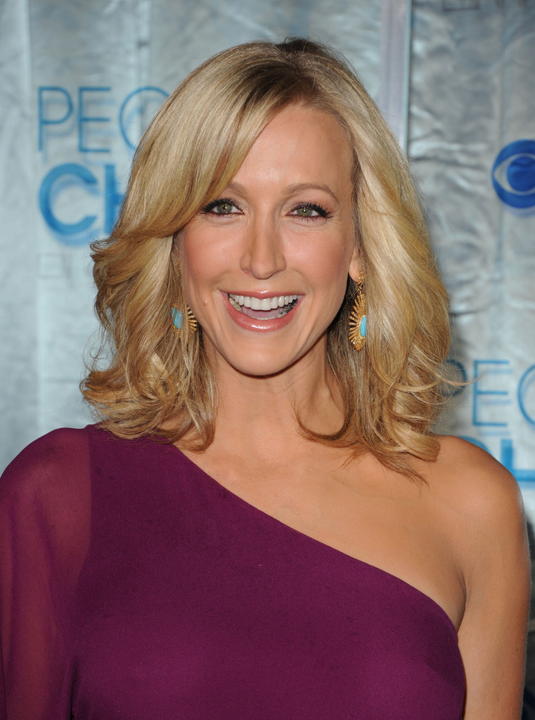 lara spencer in 2011 people 39 s choice awards arrivals zimbio
