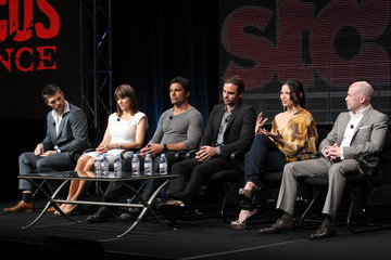 Lucy Lawless Manu Bennett 2011 Summer TCA Tour - Day 3