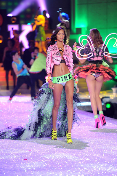 Model Lais Ribeiro walks the runway during the 2011 Victoria's Secret Fashion Show at the Lexington Avenue Armory on November 9, 2011 in New York City.