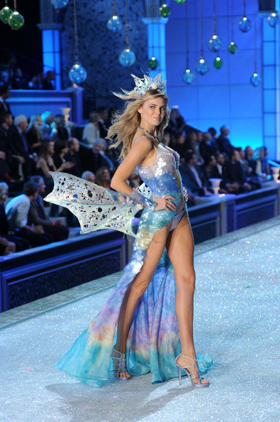 Model Maryna Linchuk walks the runway during the 2011 Victoria's Secret Fashion Show at the Lexington Avenue Armory on November 9, 2011 in New York City.