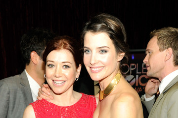 Alyson Hannigan Cobie Smulders 2012 People's Choice Awards - Backstage And Audience