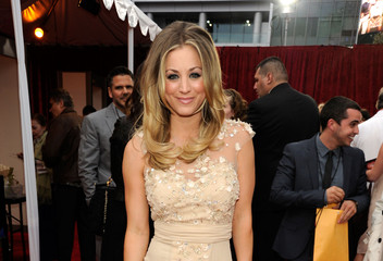 Kaley Cuoco to Host the People's Choice Awards (Photos)