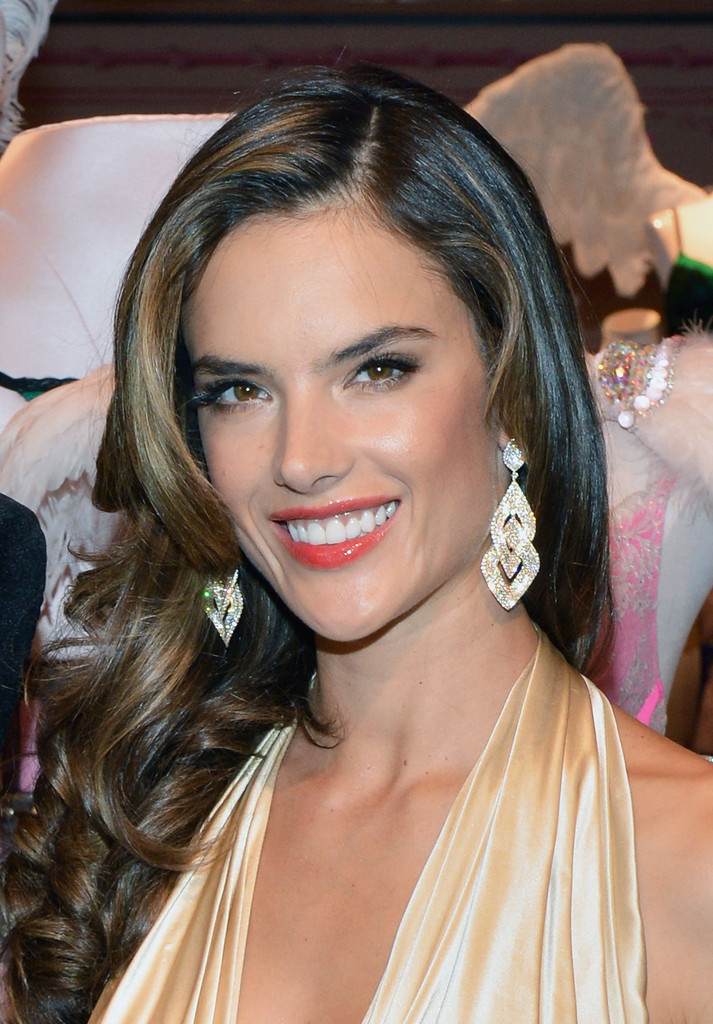 Alessandra Ambrosio in Red on Red Carpet - Victorias