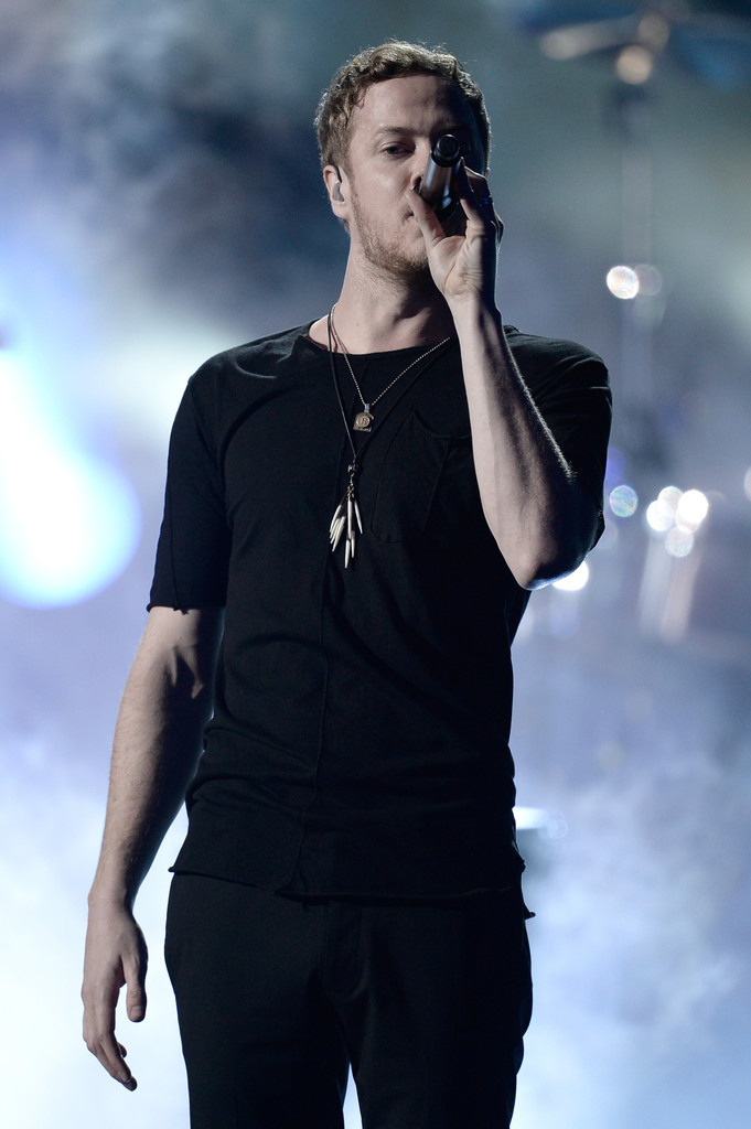 Dan Reynolds In The American Music Awards Show 16 Of 61