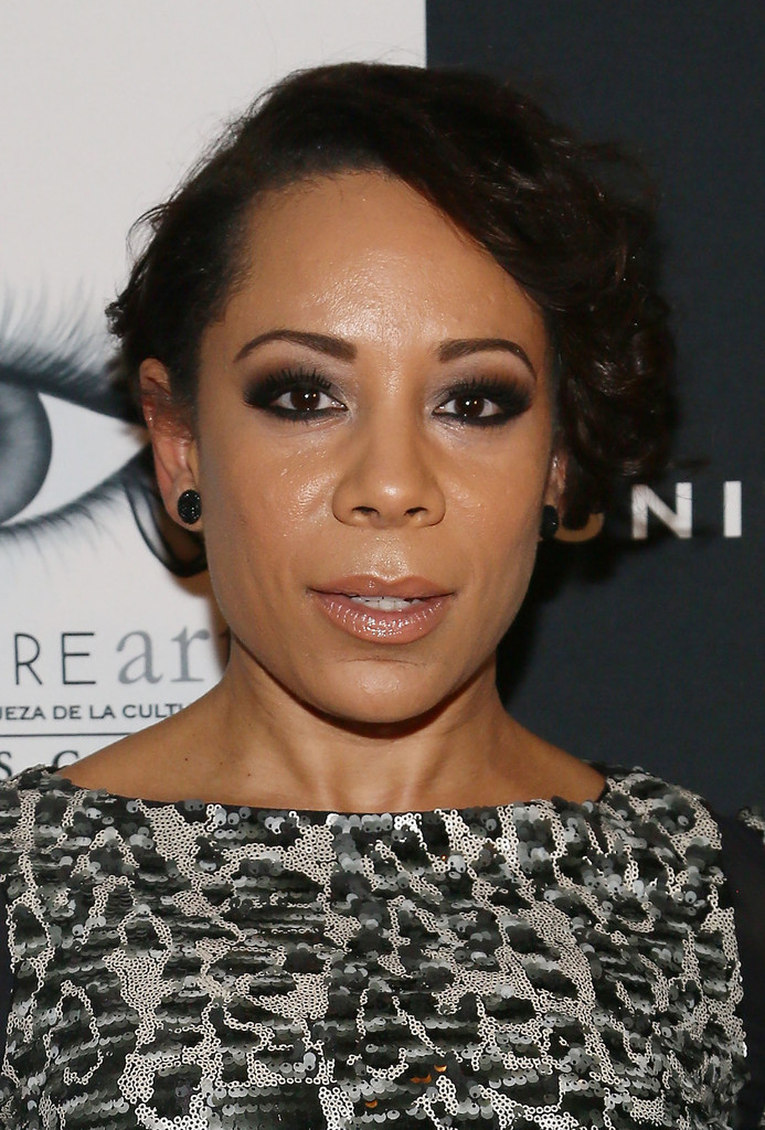 Actress Selenis Leyva attends the 2013 Vanidades Icons Of