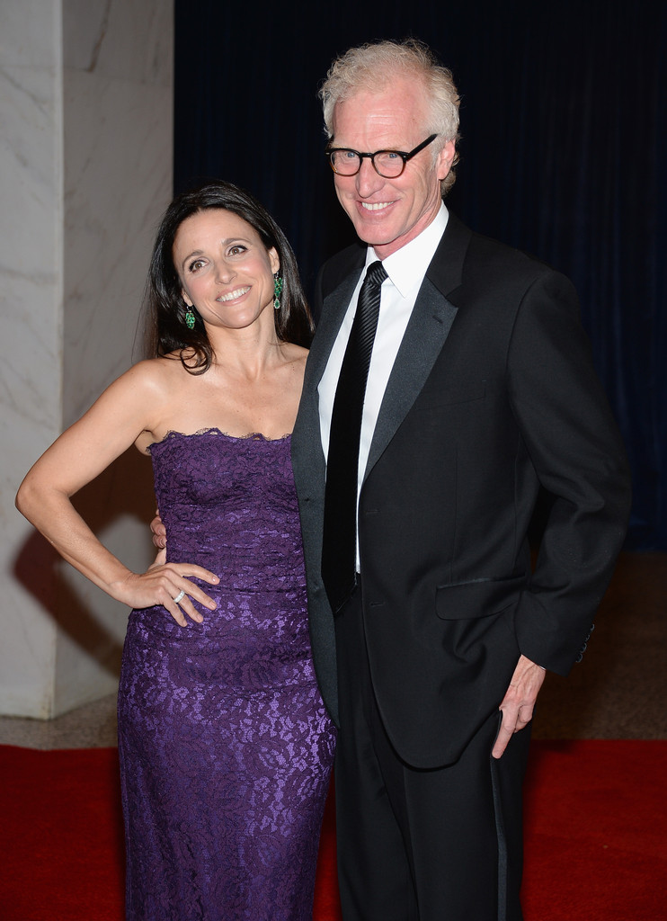 julia louis dreyfus and brad hall celebs who married