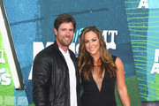 Noah Galloway (L) attends the 2015 CMT Music awards at the Bridgestone Arena on June 10, 2015 in Nashville, Tennessee.