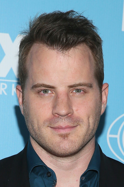 rob kazinsky dating who Relationship dating details of robert kazinsky and fiona brattle and all the other celebrities they've hooked up with.