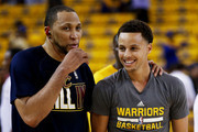 Shawn Marion #31 of the Cleveland Cavaliers and Stephen Curry #30 of the Golden State Warriors talks prior to Game One of the 2015 NBA Finals at ORACLE Arena on June 4, 2015 in Oakland, California. NOTE TO USER: User expressly acknowledges and agrees that, by downloading and or using this photograph, user is consenting to the terms and conditions of Getty Images License Agreement.