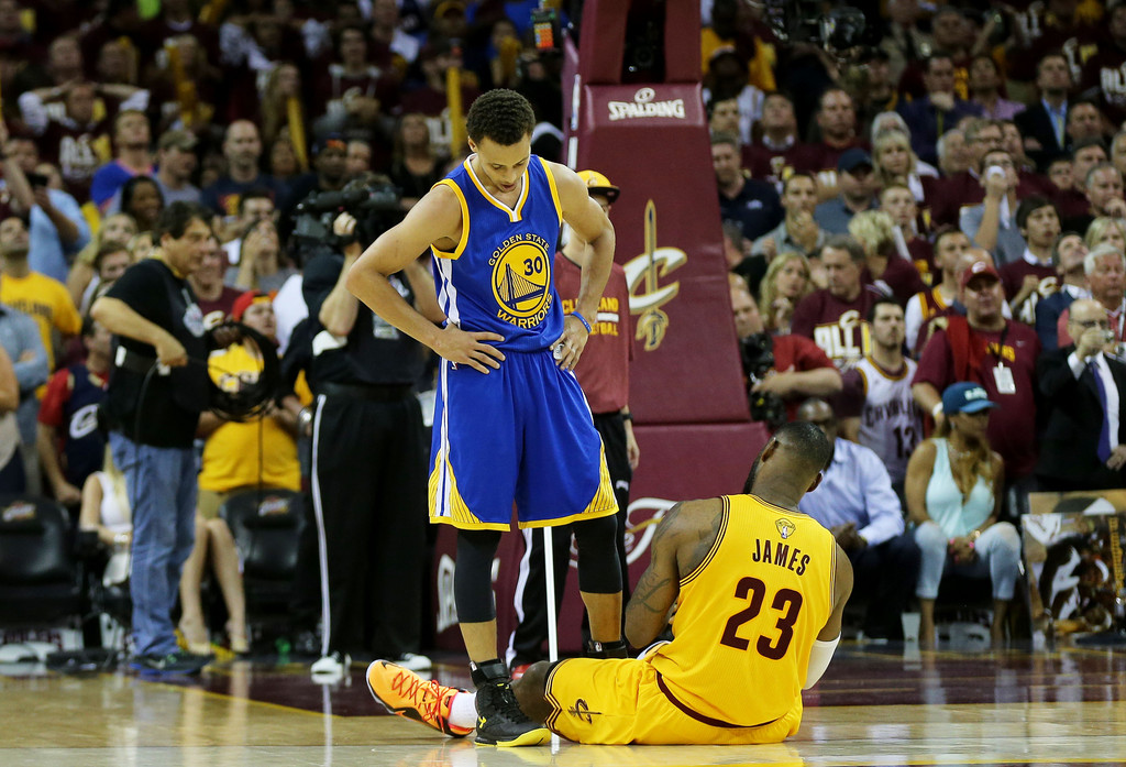 2015 NBA Finals - Game Three - Pictures - Zimbio