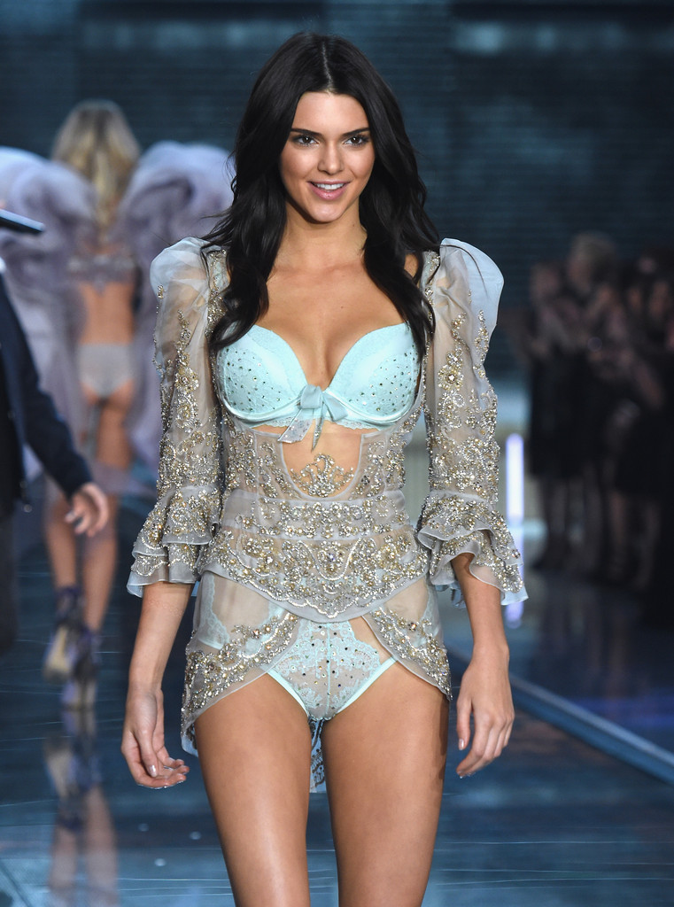 2015 Victoria 39 S Secret Fashion Show