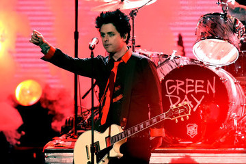 Green Day's 2016 AMAs Performance Was One Powerful Protest Against Donald Trump
