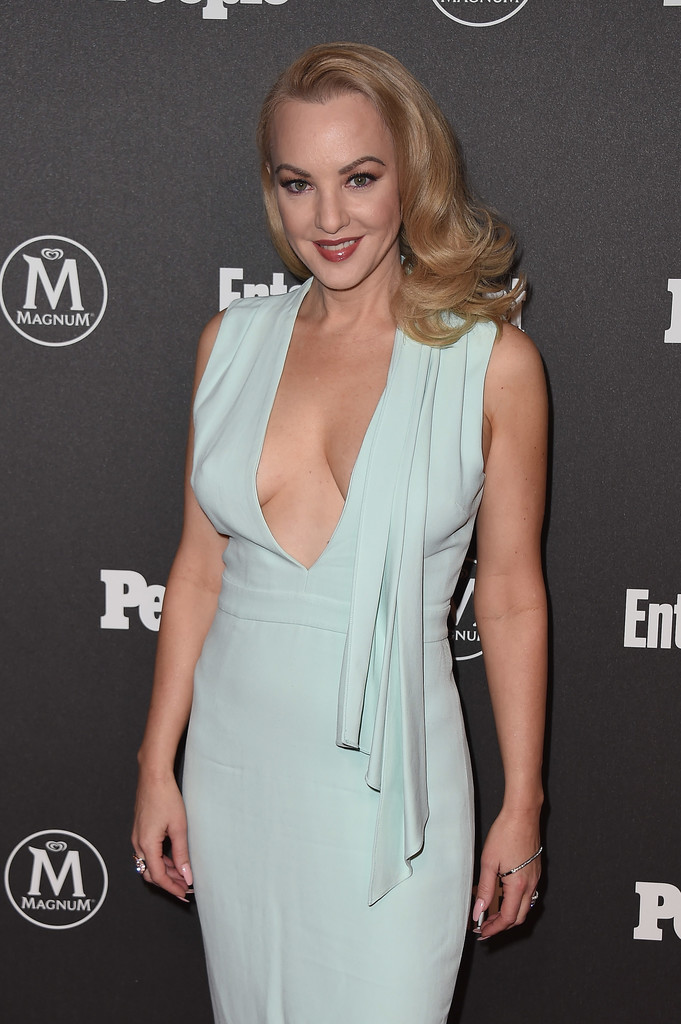 Wendi McLendon-Covey Nude Pictures