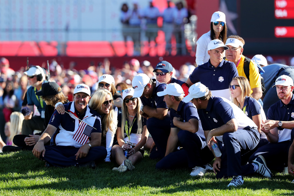 jordan spieth photos photos 2016 ryder cup singles matches zimbio. Black Bedroom Furniture Sets. Home Design Ideas