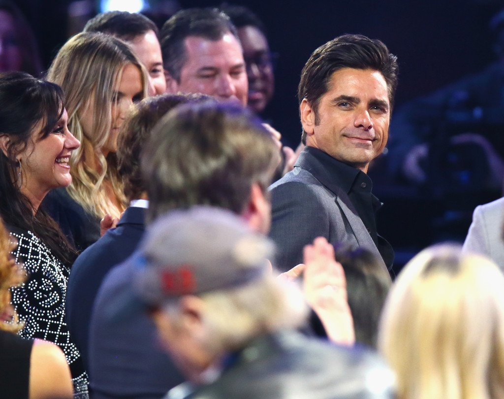 John stamos photos photos 2016 tv land icon awards for Tv land tv shows