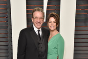 Actors Tim Allen (L) and Jane Hajduk attend the 2016 Vanity Fair Oscar Party Hosted By Graydon Carter at the Wallis Annenberg Center for the Performing Arts on February 28, 2016 in Beverly Hills, California.