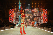 Kendall Jenner walks the runway during the 2016 Victoria's Secret Fashion Show on November 30, 2016 in Paris, France.