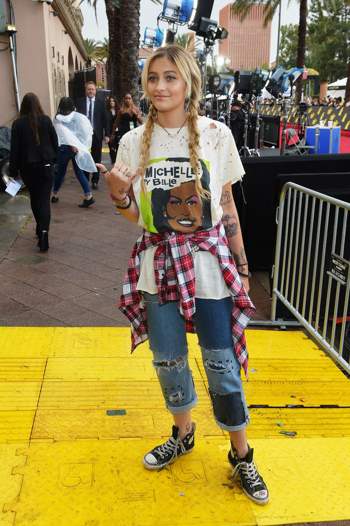 Statement Piece? Paris Jackson Wears Tattered Michelle Obama T-Shirt to MTV Movie & TV Awards