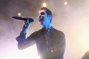 Perry Farrell of Jane's Addiction performs onstage during the 2017 Rhonda's Kiss Benefit Concert at Hollywood Palladium on December 8, 2017 in Los Angeles, California.  (Photo by Emma McIntyre/Getty Images for Rhonda's Kiss) *** Local Caption *** Perry Farrell