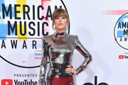 Taylor Swift attends the 2018 American Music Awards at Microsoft Theater on October 9, 2018 in Los Angeles, California.