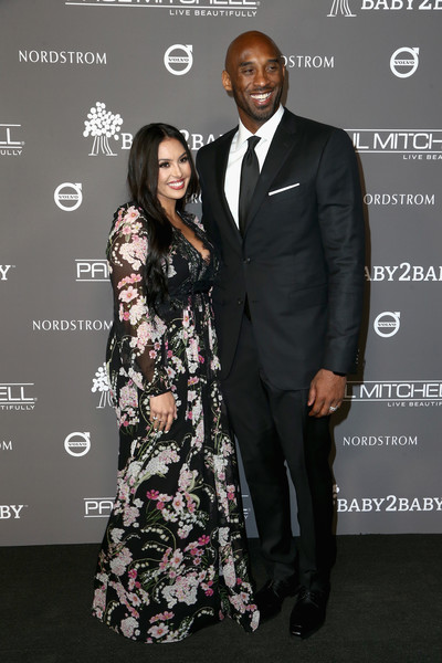 2018 Baby2Baby Gala Presented By Paul Mitchell - Red Carpet