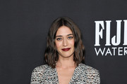 Lizzy Caplan Photos Photo
