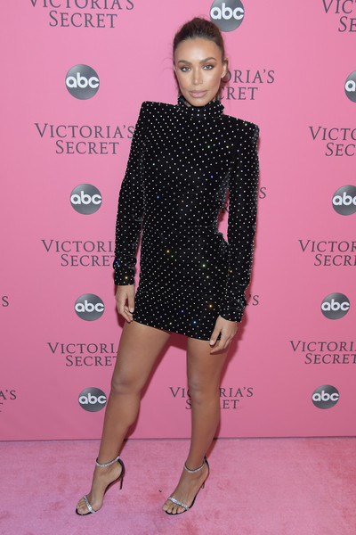 2018 Victoria's Secret Fashion Show - Arrivals - 118 of 185