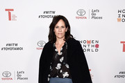 Actress Annabeth Gish arrives at the 2018 Women In The World Los Angeles Salon at NeueHouse Hollywood on February 13, 2018 in Los Angeles, California.