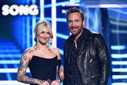 (L-R) Julia Michaels and David Guetta speak onstage during the 2019 Billboard Music Awards at MGM Grand Garden Arena on May 1, 2019 in Las Vegas, Nevada.