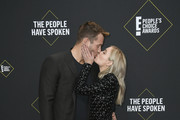 (L-R) Cassie Randolph and Colton Underwood attend the 2019 E! People's Choice Awards at Barker Hangar on November 10, 2019 in Santa Monica, California.